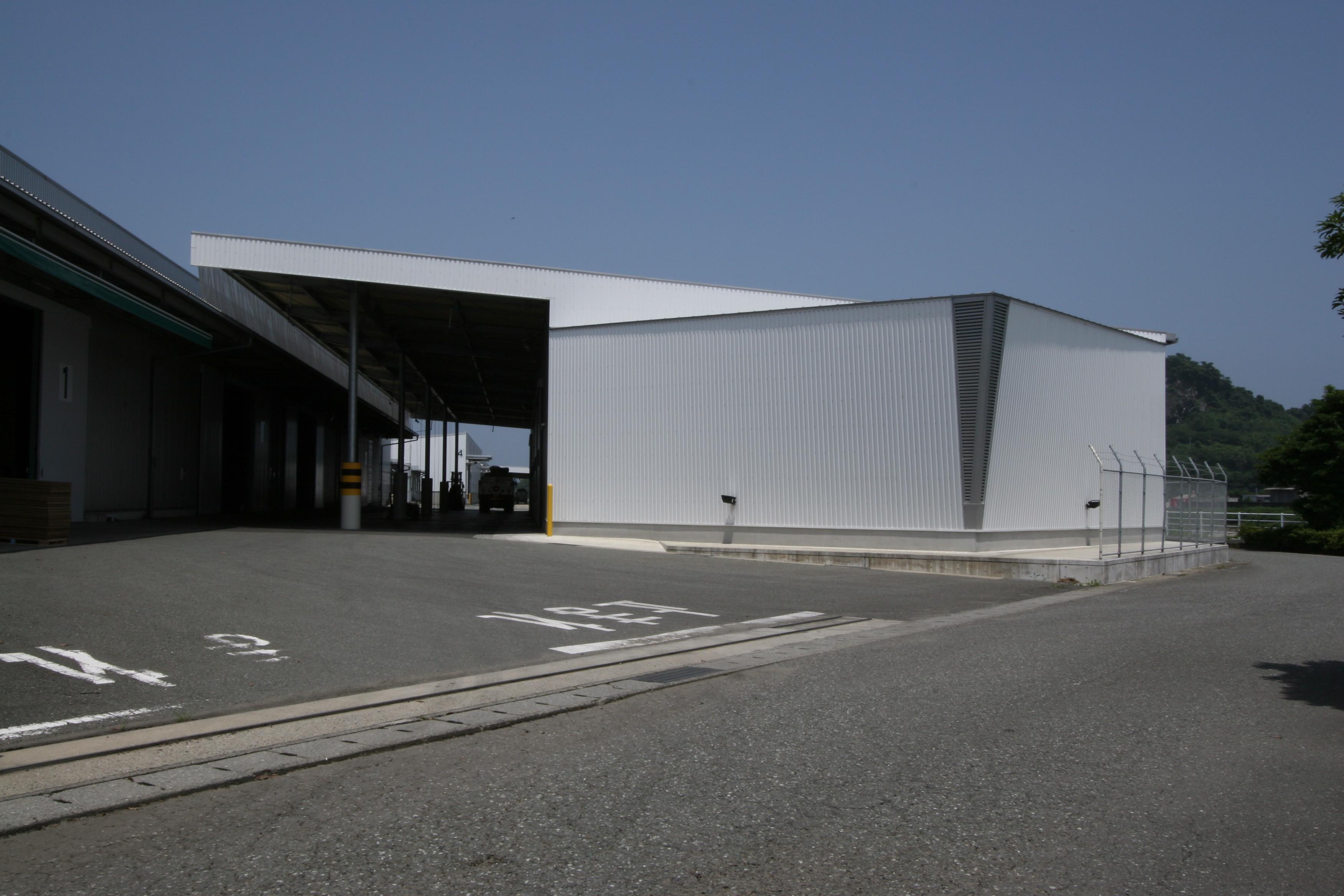 松木運輸9号倉庫